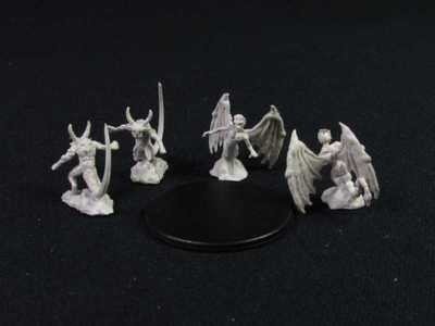 Nolzur's Marvelous Miniatures - Imp and Quasit