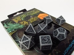 Celtic polydice set, grijs